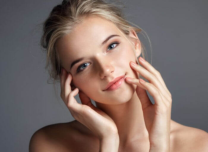 Apply Eye Shadow to Make Your Body Glow - Beauty Tips