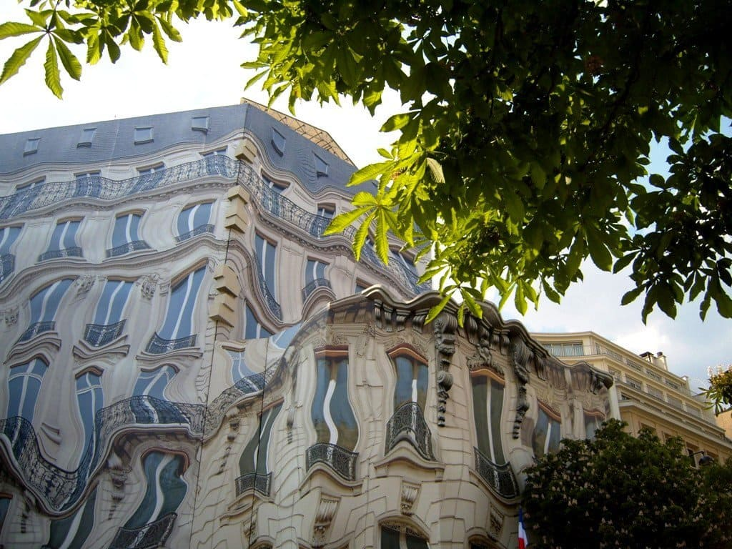 a house in Paris which seems to be melting the way plastic would.