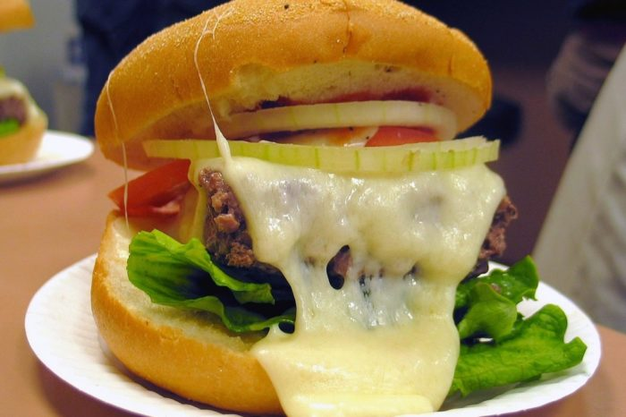 steamed cheeseburger