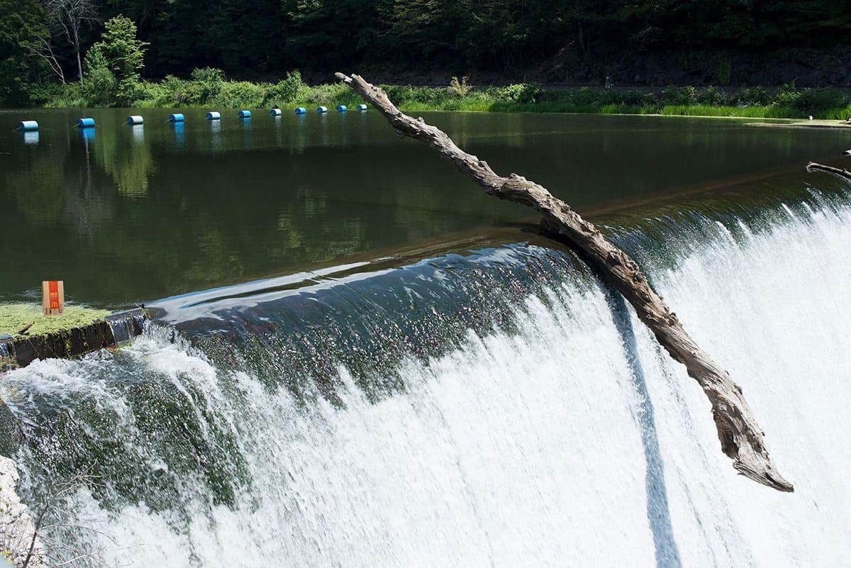 Drift got stuck at the edge of a waterfall