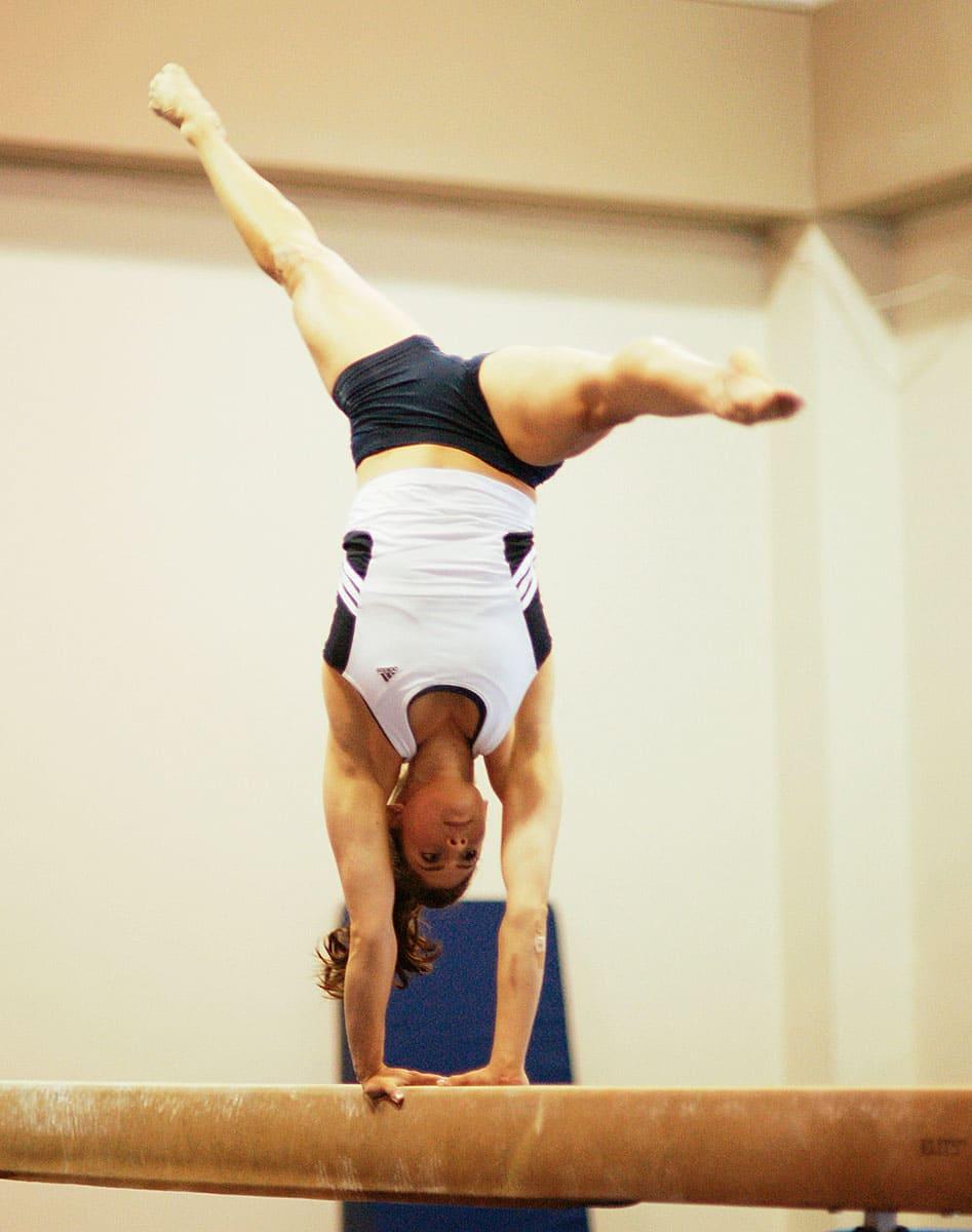 Gymnastics stunts on Make It or Break It