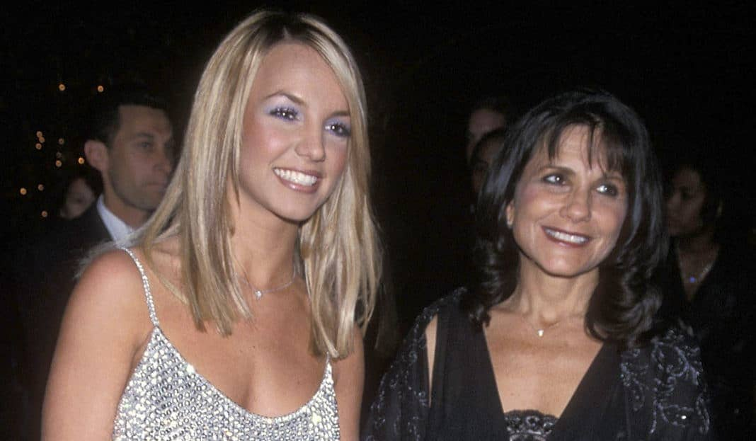 Britney Spears and her mother