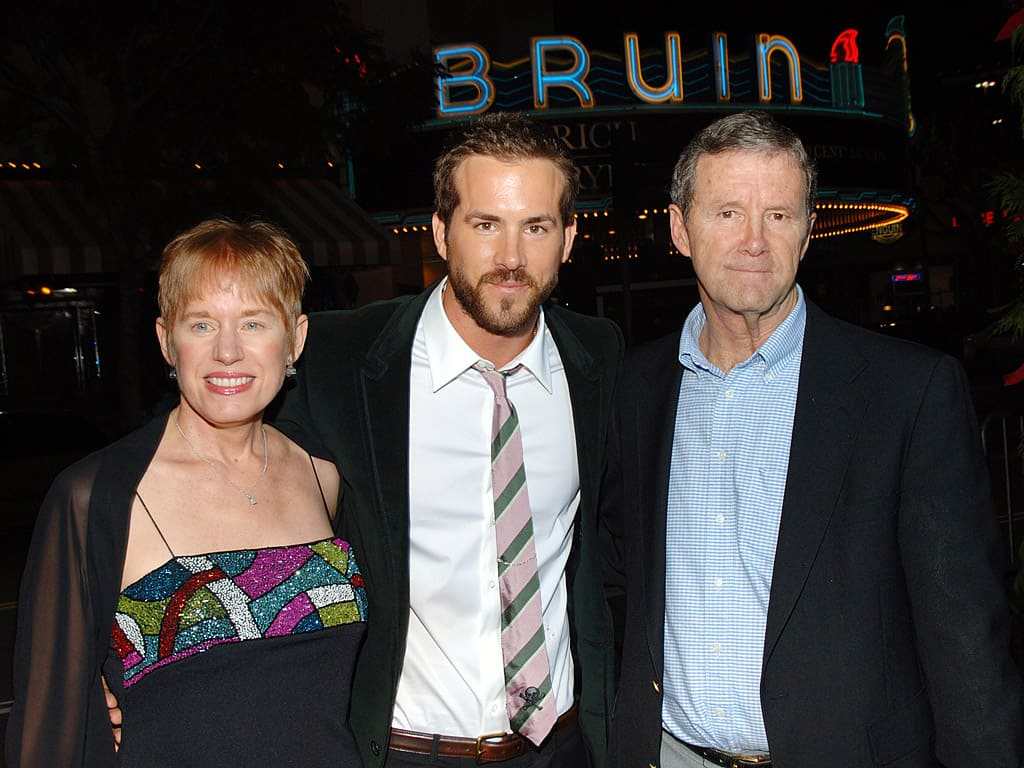 Ryan Reynolds and his parents