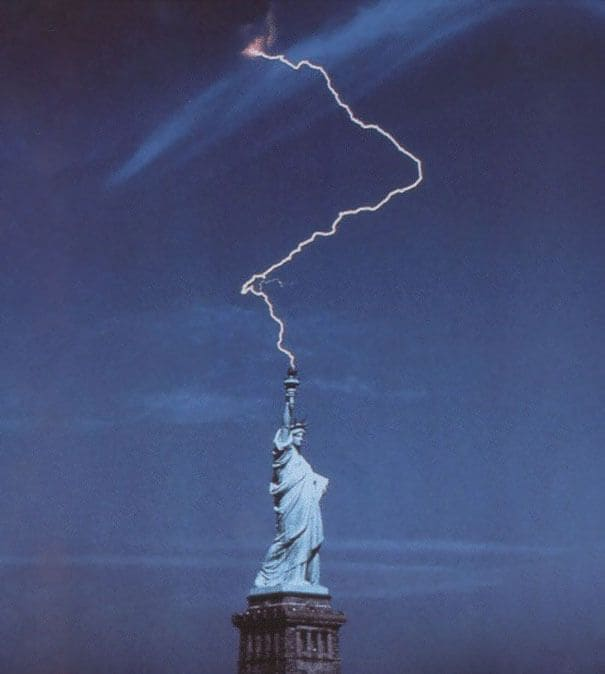 Lightning strikes Statue of Liberty