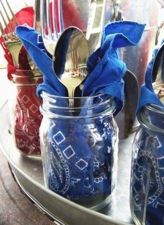 Mason jar place setting