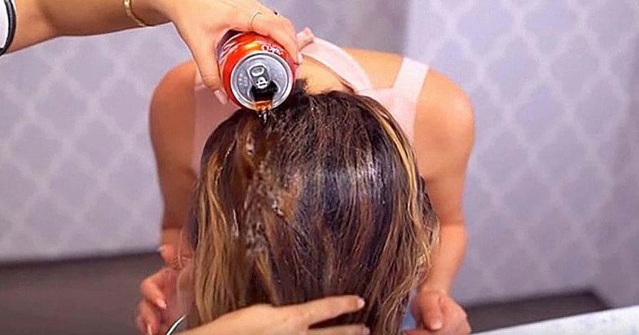 Using Coca Cola to lighten your hair