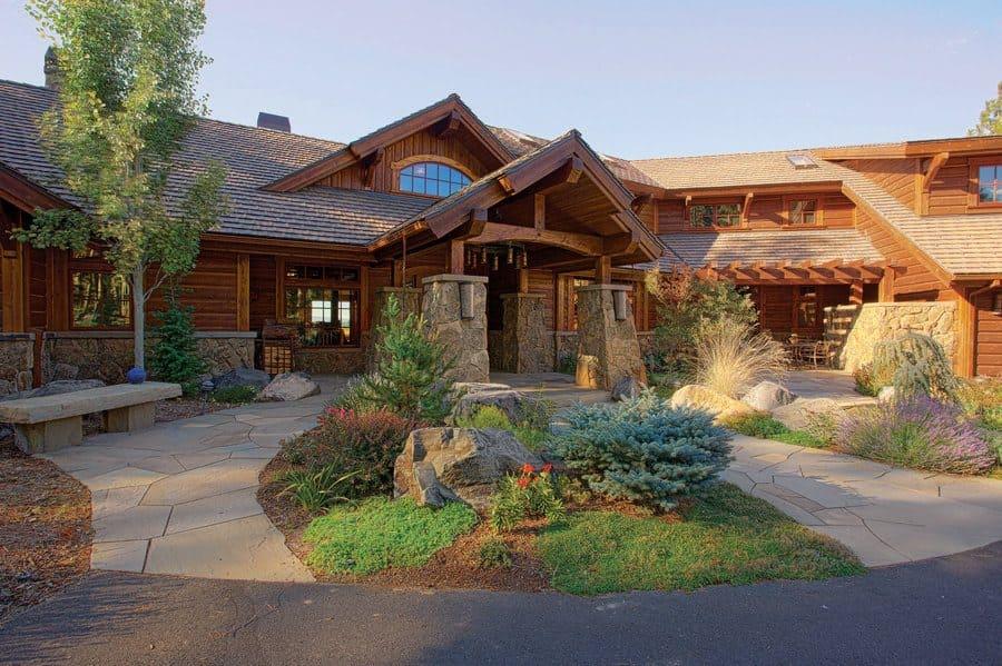 Sam Elliott's home in Oregon.