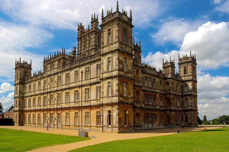 The mansion which is used in the series Downtown Abbey.