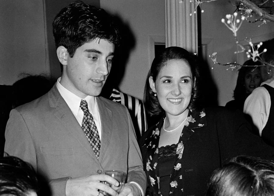 Ricki Lake with her first husband Rob Sussman, 1994.