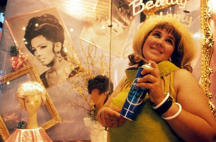 Ricki Lake, photo from the Hairspray movie.