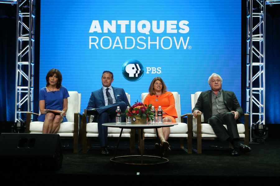 Marsha Bemko, Brian Witherell, Leila Dunbar, and David Rago on the Antiques Roadshow panel.