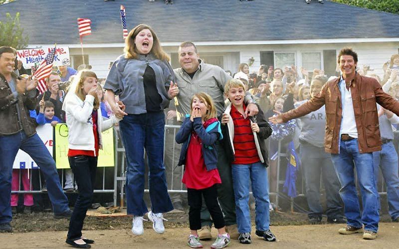 A family sees their new house on ABC's Extreme Makeover: Home Edition