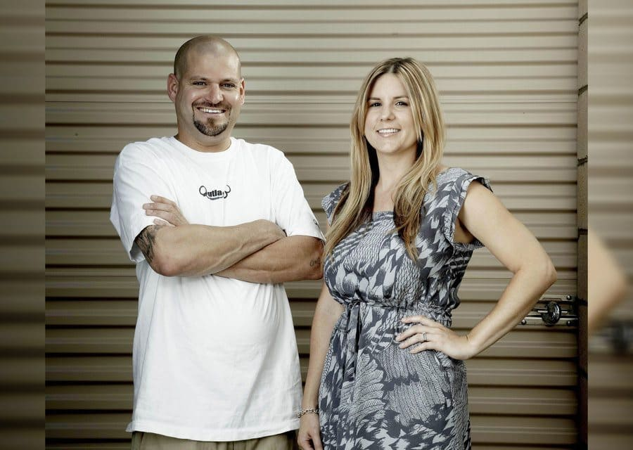 Brandi Passante and Jarrod Schulz in 2010 posing for a photo on Storage Wars.