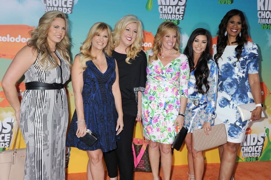 The mothers of Dance Moms were posing at the Nickelodeon Kids' Choice Awards in 2016.