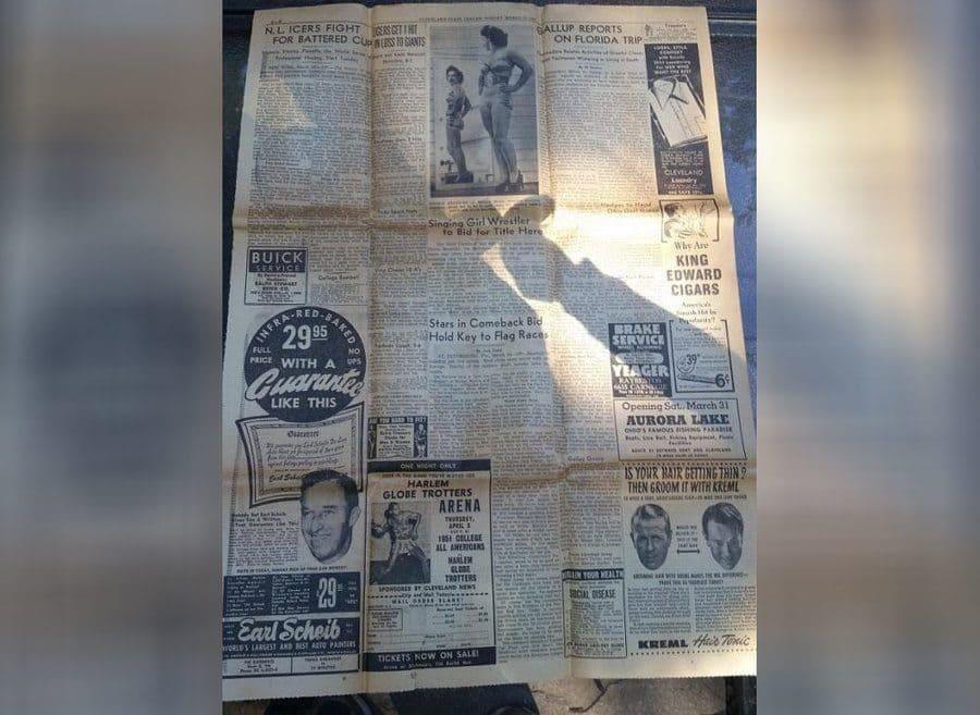El periódico encontrado en la maleta