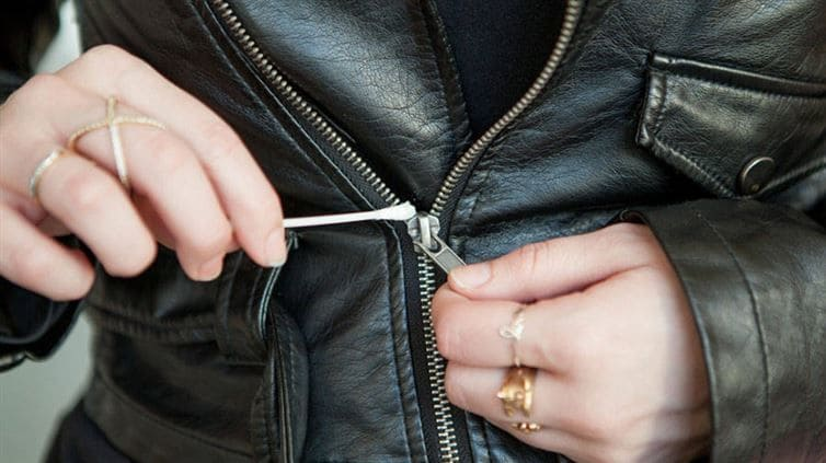 Opening a stuck zipper with Vaseline