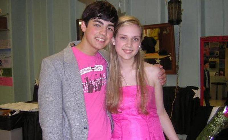 Joe Jonas and Mandy dressed for prom
