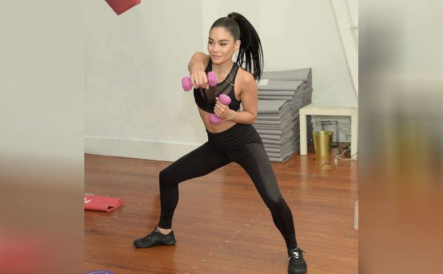 Vanessa Hudgens working out