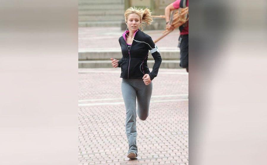 Kristen Bell running