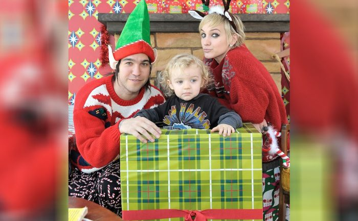 Ashlee Simpson, ex-husband Pete Wentz, and their son in Christmas garb