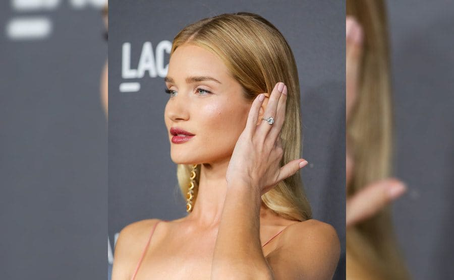 Rosie Huntington-Whiteley's wearing her engagement ring