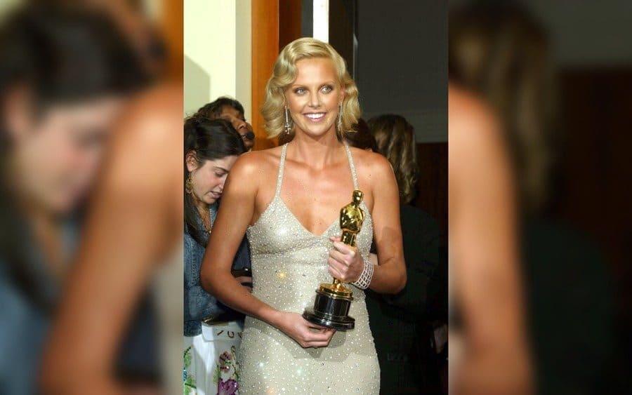 Academy Awards, Los Angeles, America - 29 Feb 2004, Charlize Theron