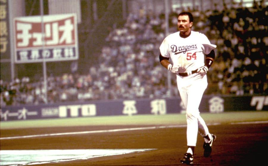 Tom Selleck in Mr. Baseball 1993