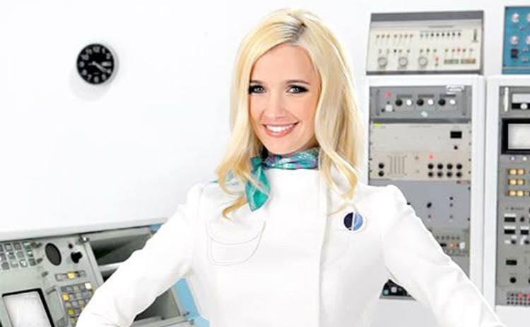 Vanessa Branch in the Orbit gum commercial