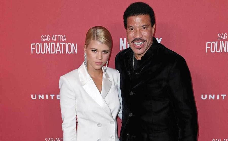 Sofia and Lionel Richie on the red carpet in 2017