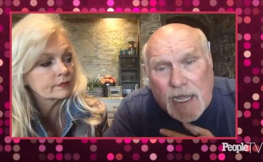 Snapshot of Terry Bradshaw and wife Tammy streaming on People TV