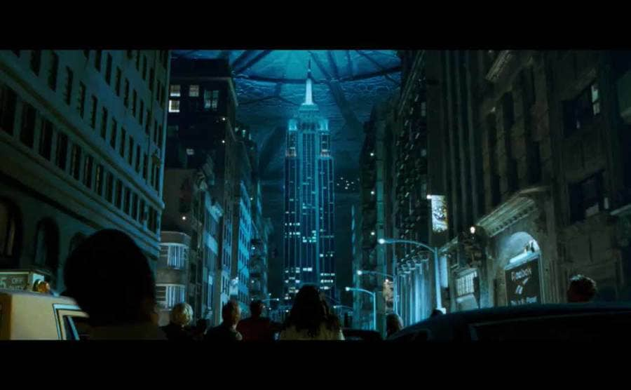 The scene from Independence Day where everyone is looking at the UFO over the Empire State Building in the middle of a road