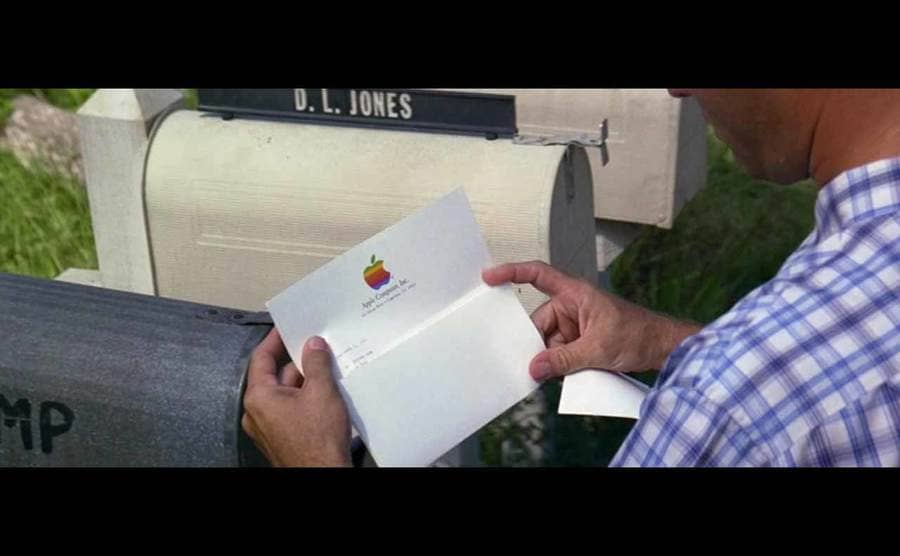 Forrest Gump opening his mail from Apple