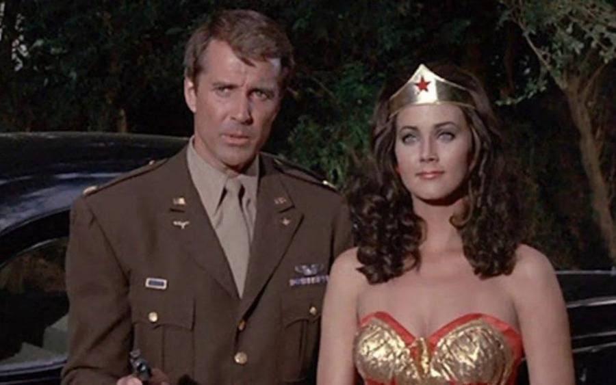 Lynda Carter and co-star Lyle Waggoner