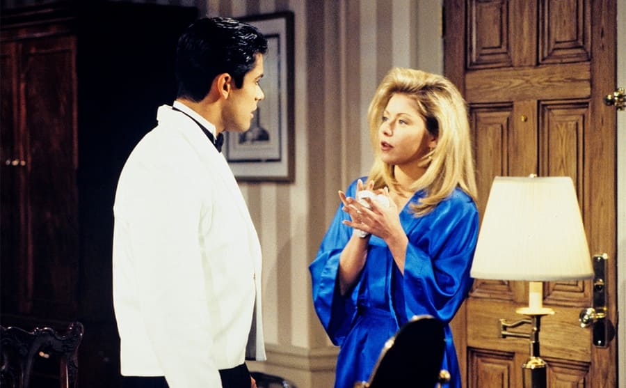 Mark Consuelos and Kelly Ripa in a scene from All my Children