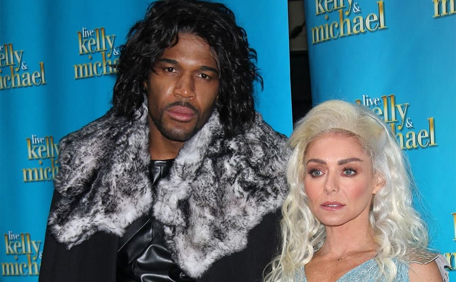 Kelly and Michael Strahan dressed up for Halloween on the red carpet
