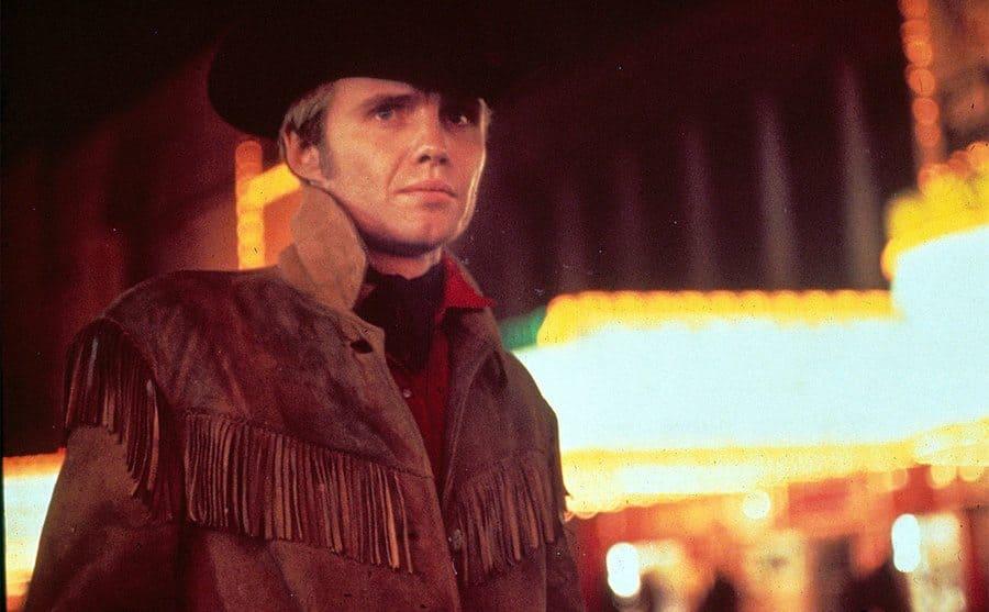Jon Voight dressing as a cowboy
