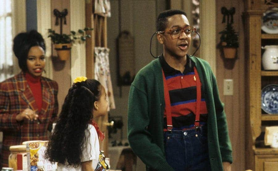 Jaleel White with Naya Rivera and Kellie Shanygne Williams in the kitchen in a scene from Family Matters