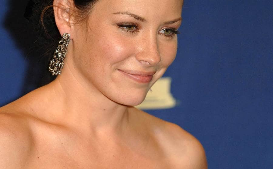 A close up of Evangeline Lilly
