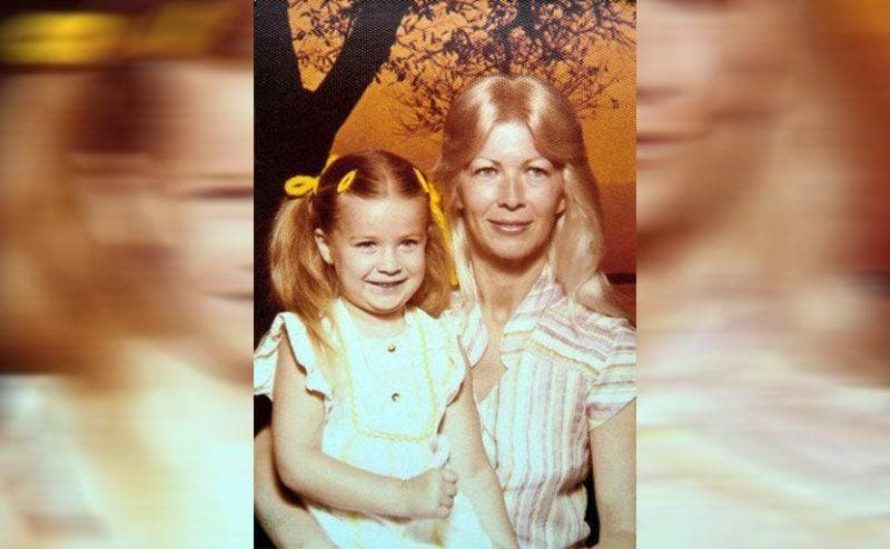 Carmen Electra and her mother when she was a young girl