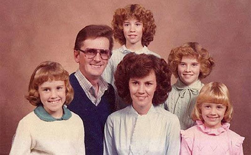 Jenny McCarthy with her sisters and parents in a family photograph