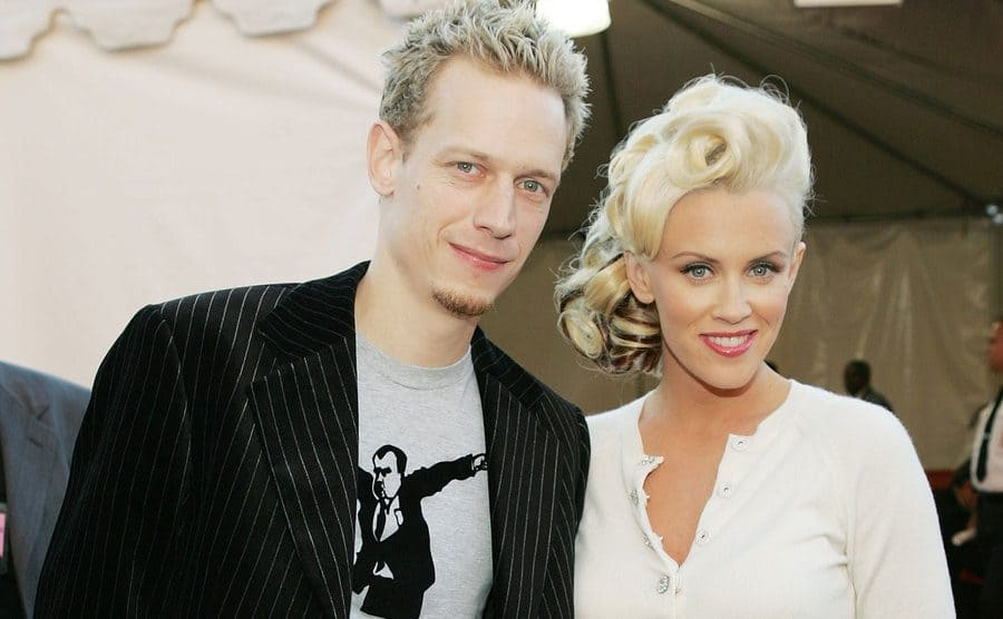 John Asher and Jenny McCarthy on the red carpet in 2004