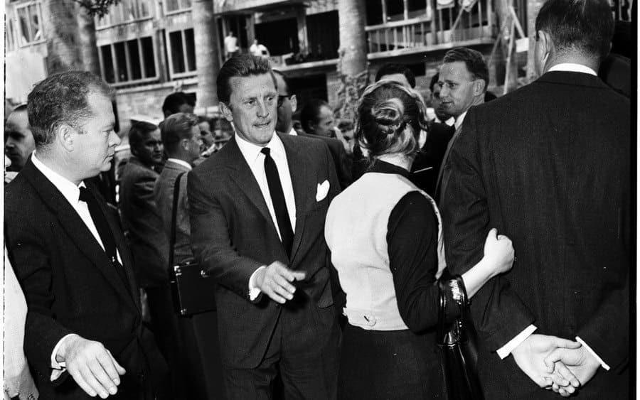 Kirk Douglas at Mike Todd funeral