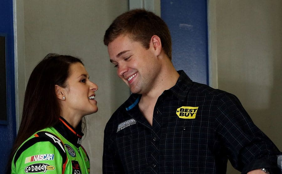Danica talking to Ricky Stenhouse