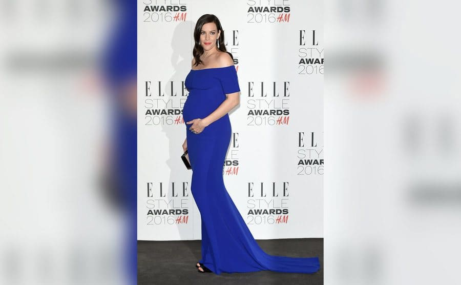 A pregnant Liv Tyler attends The Elle Style Awards.