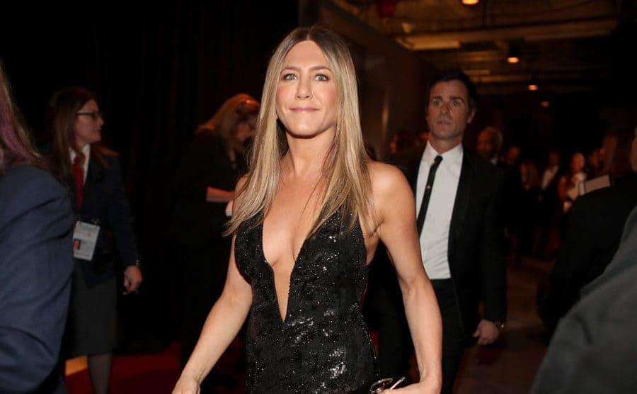 Jennifer Aniston walking on the red carpet