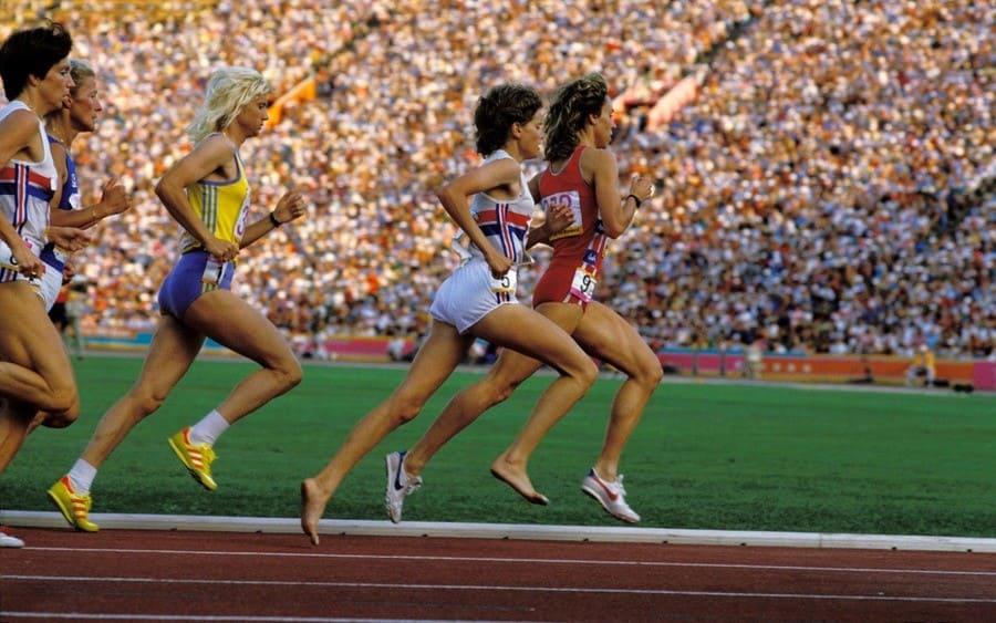 1984 Olympics, Women'S 3000M - Finals, Zola Budd (Grb) And Mary Decker (Usa).