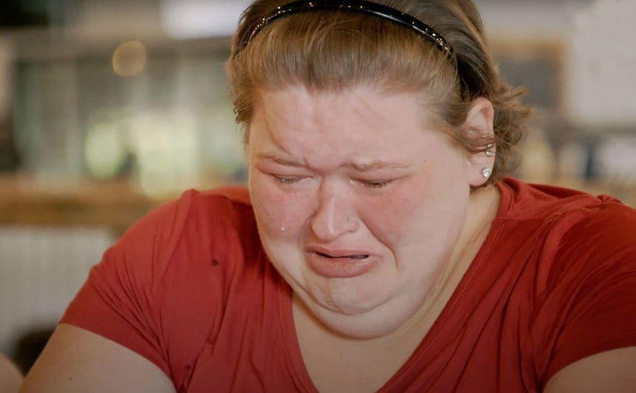 Amy Slaton is crying.