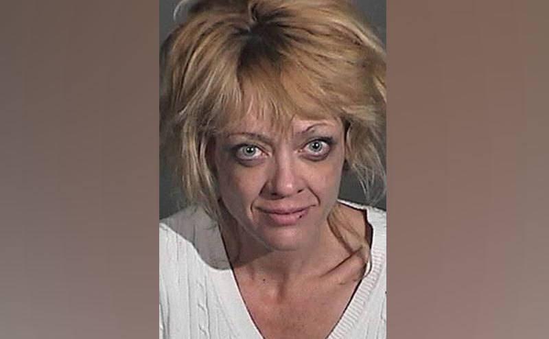 Lisa Robin Kelly's police booking photo.